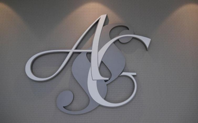3D logá a písmená