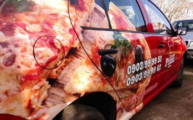 Samolepky na auto, polep auta - Fantasy Pizza